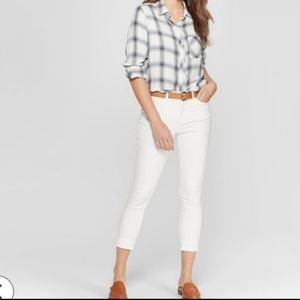 Mossimo Women's crop white Jeans